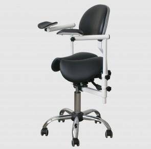 SADDLE 2D Krzesło dentysty do pracy z mikroskopem